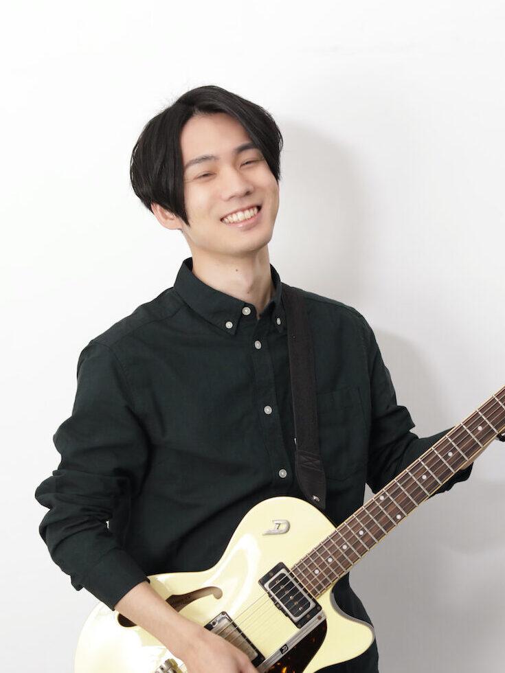 綾部翔平ギター